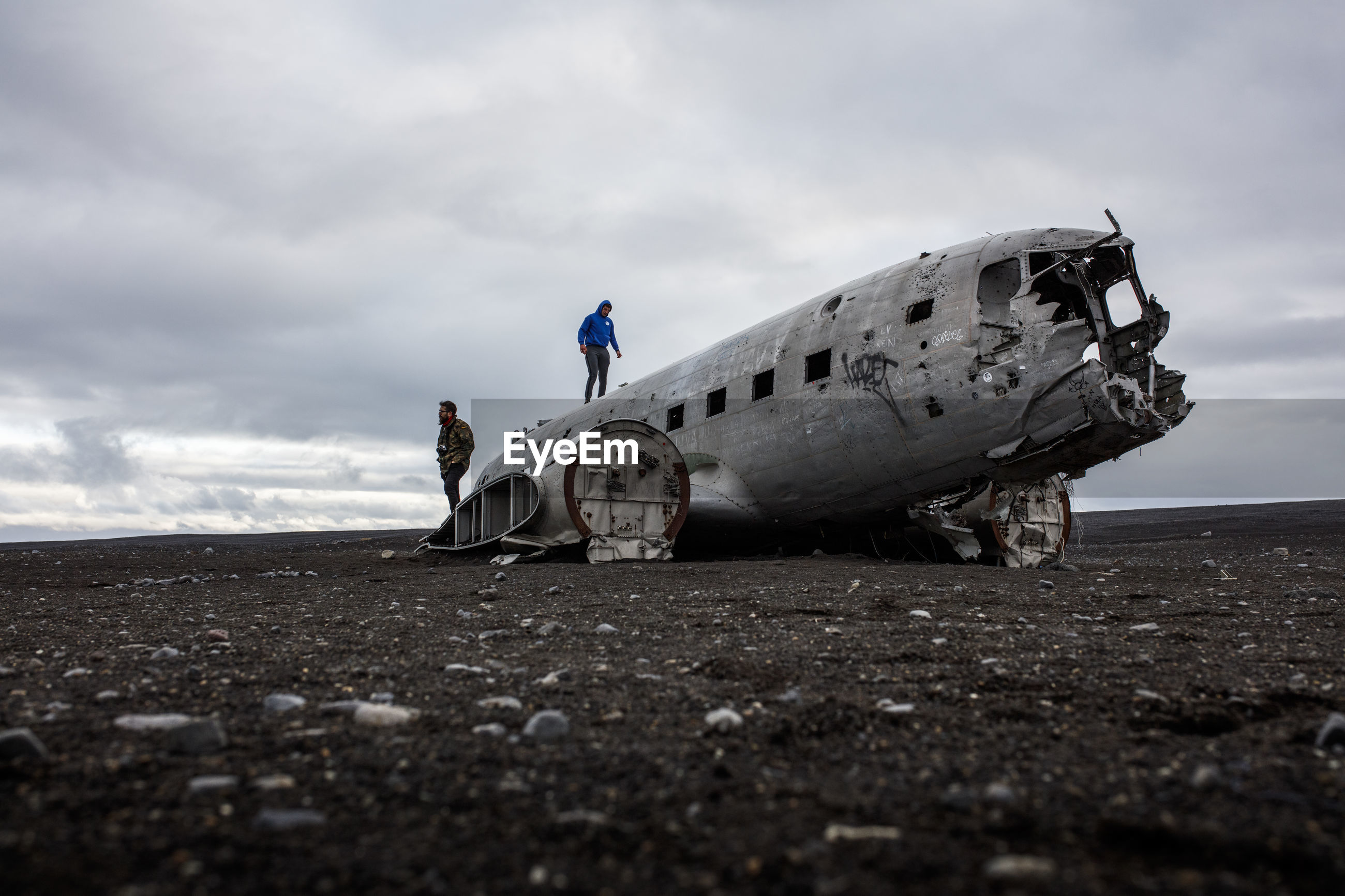 SIDE VIEW OF ABANDONED AIRPLANE