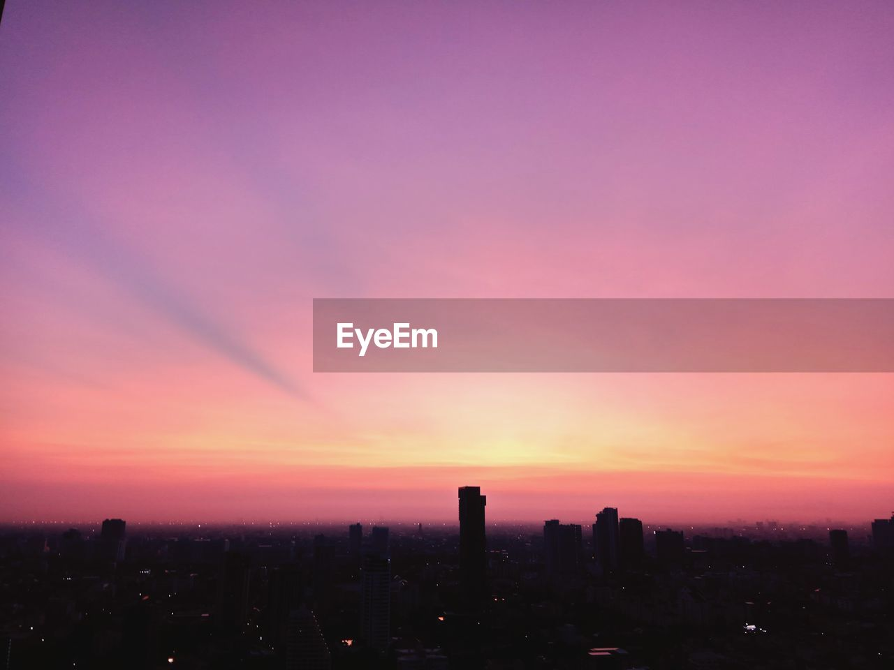 skyscraper, sunset, cityscape, architecture, city, building exterior, development, skyline, modern, no people, built structure, growth, urban skyline, sky, tall, travel destinations, downtown, outdoors