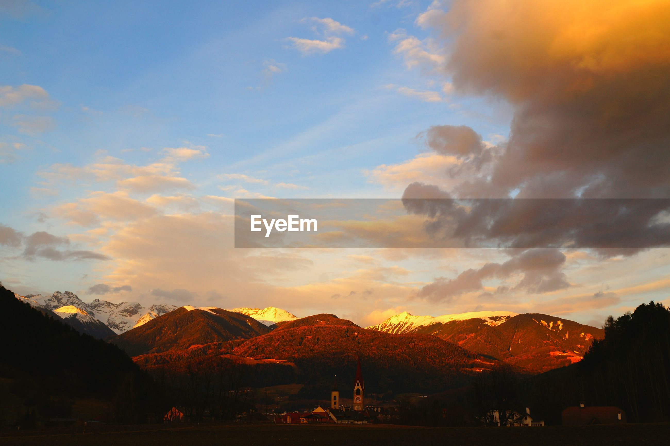 sunset, sky, beauty in nature, cloud - sky, nature, silhouette, scenics, no people, mountain, outdoors, day