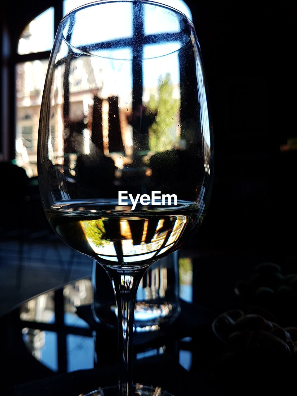 glass, transparent, wineglass, focus on foreground, glass - material, drink, refreshment, wine, alcohol, food and drink, close-up, no people, reflection, still life, household equipment, indoors, freshness, white wine, drinking glass