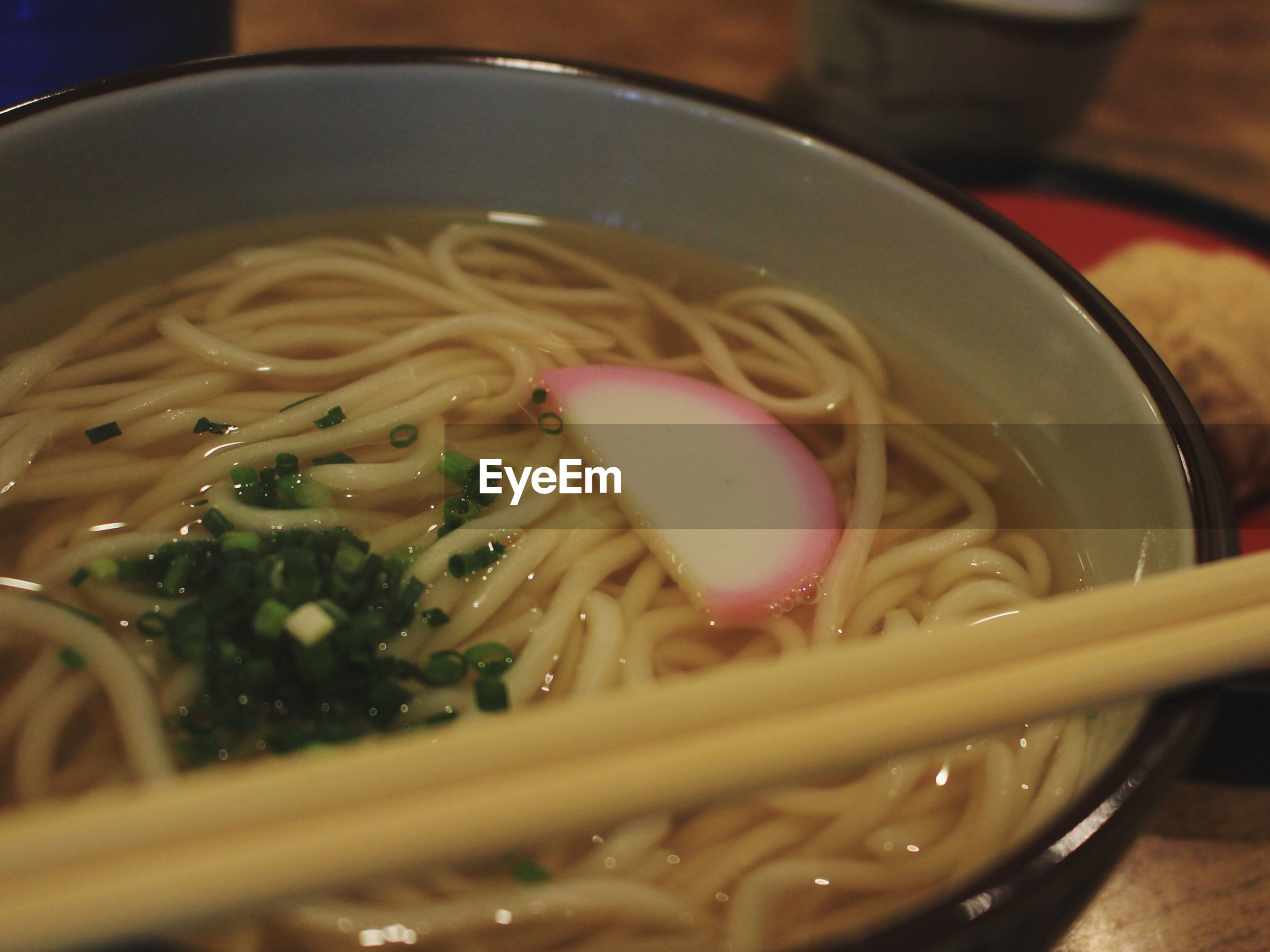 noodles, noodle soup, soup, food and drink, bowl, ramen noodles, food, freshness, healthy eating, indoors, chopsticks, serving size, soup bowl, no people, spaghetti, ready-to-eat, close-up, bean sprout, meal, day