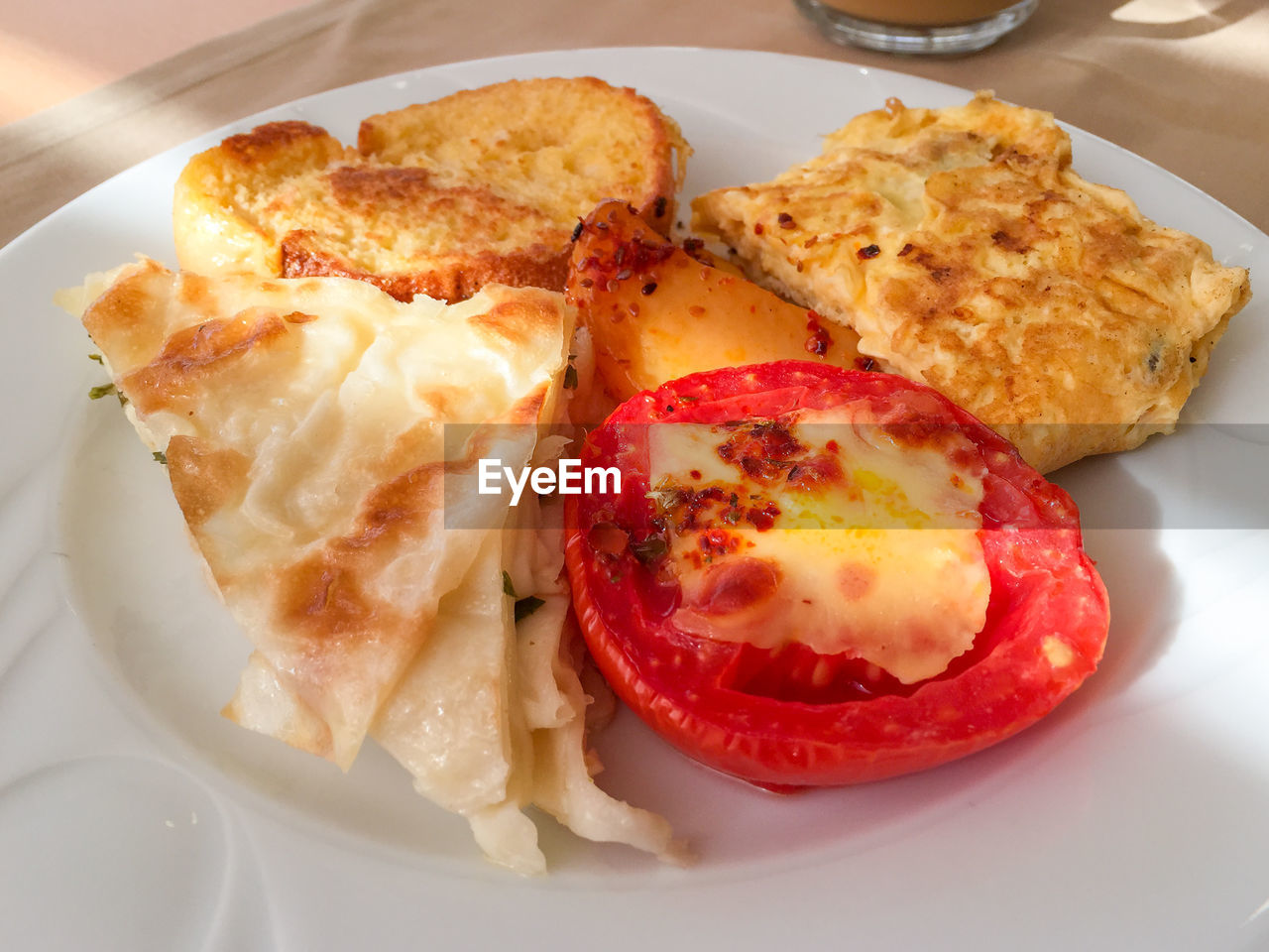 Grilled Roasted Potato Wedges Cheese Melt With Lasagna And Toasted Bread