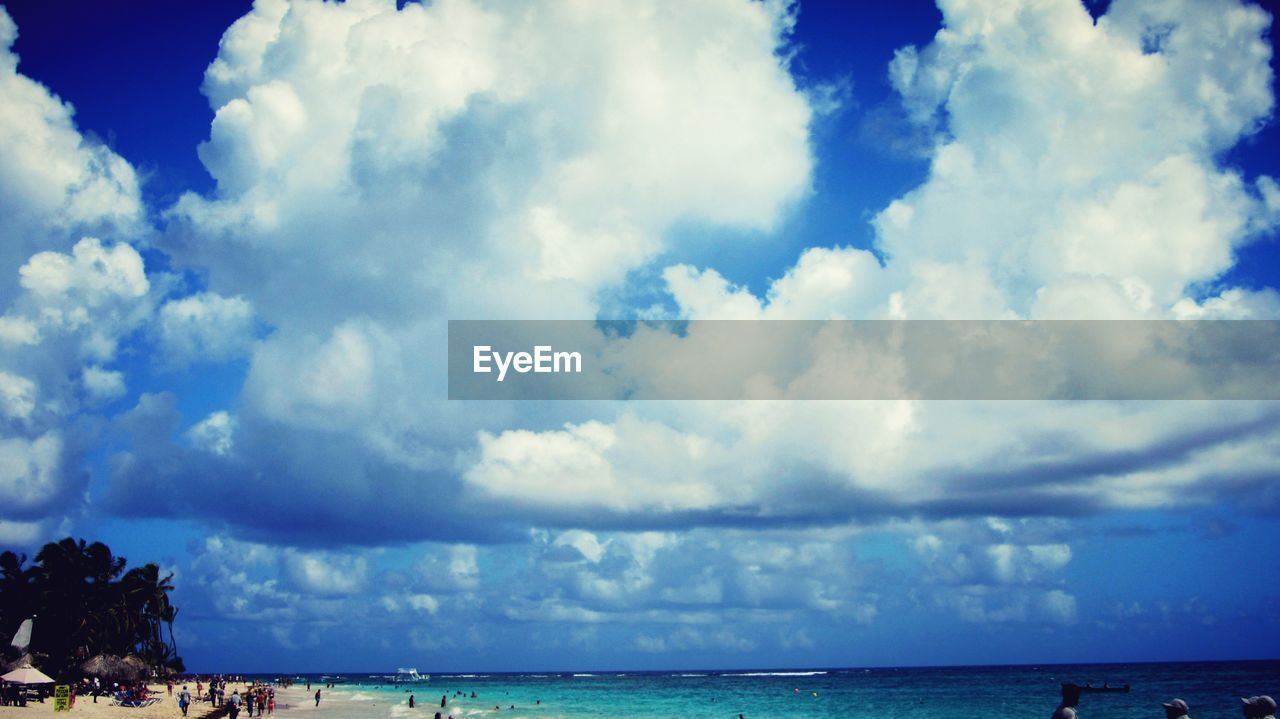 cloud - sky, sky, sea, horizon over water, scenics, water, beauty in nature, tranquil scene, tranquility, nature, day, outdoors, beach, no people