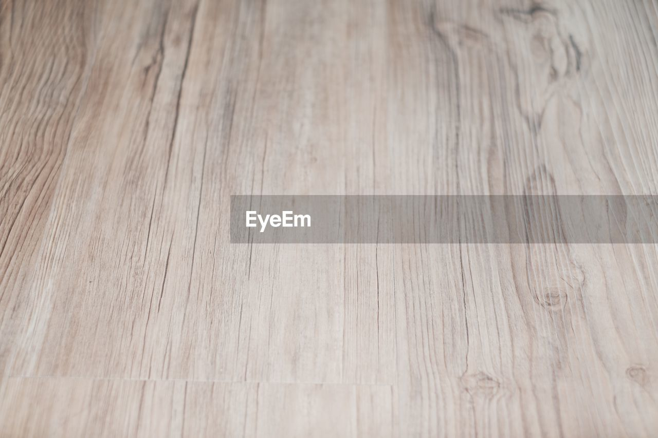 wood, wood - material, backgrounds, wood grain, pattern, flooring, hardwood floor, textured, full frame, no people, indoors, close-up, table, copy space, hardwood, parquet floor, brown, home interior, high angle view, plank, surface level, blank, textured effect, clean