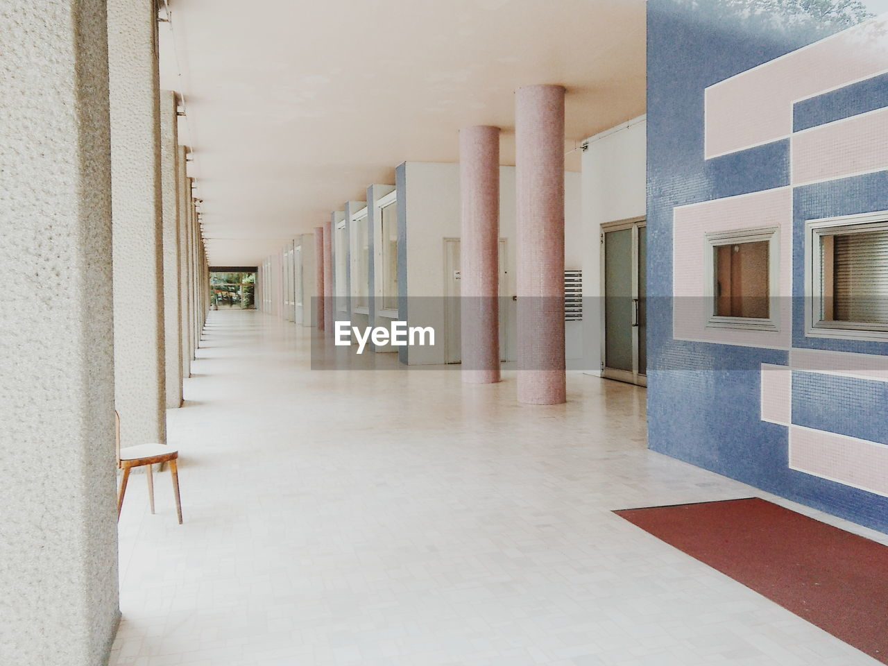 corridor, architecture, indoors, built structure, no people, architectural column, education, day