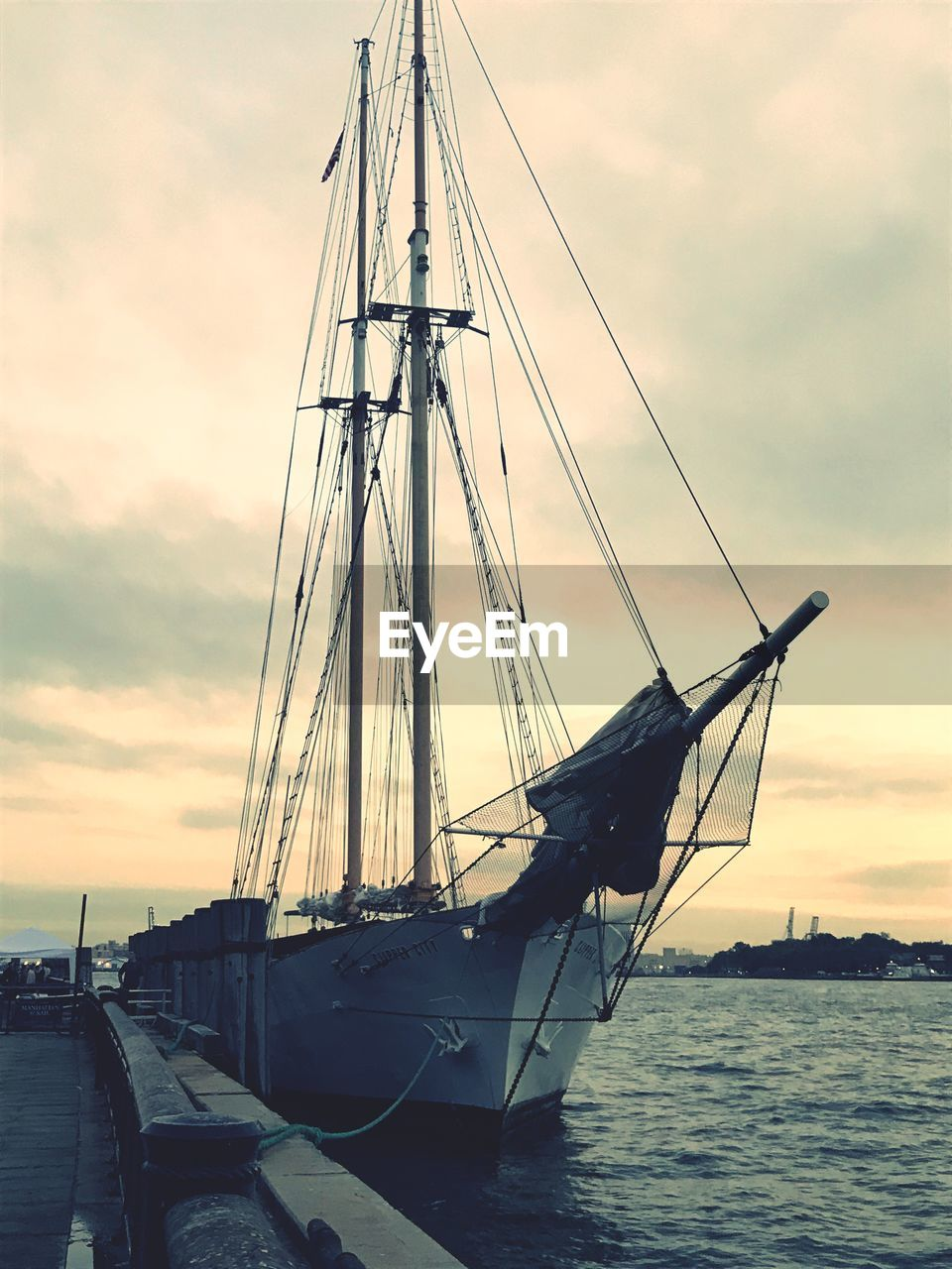 nautical vessel, transportation, mode of transport, sky, cloud - sky, mast, water, sea, sunset, boat, sailboat, moored, outdoors, nature, no people, scenics, beauty in nature, tall ship, travel destinations, harbor, sailing ship, sailing, day