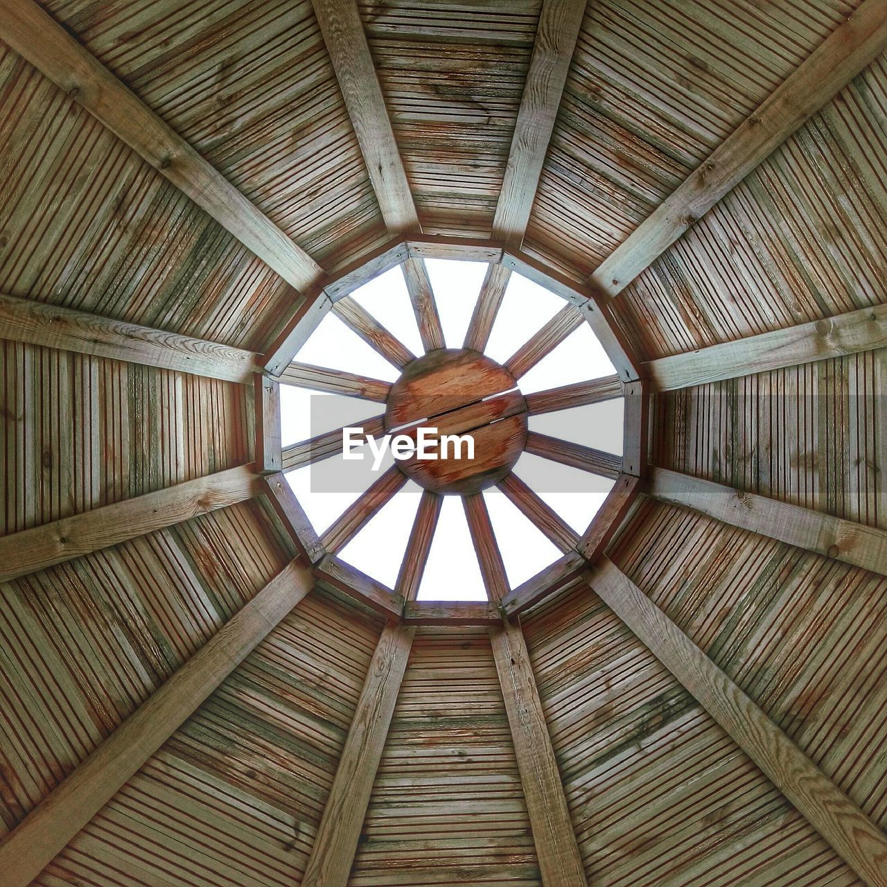ceiling, built structure, indoors, architecture, low angle view, pattern, day, no people