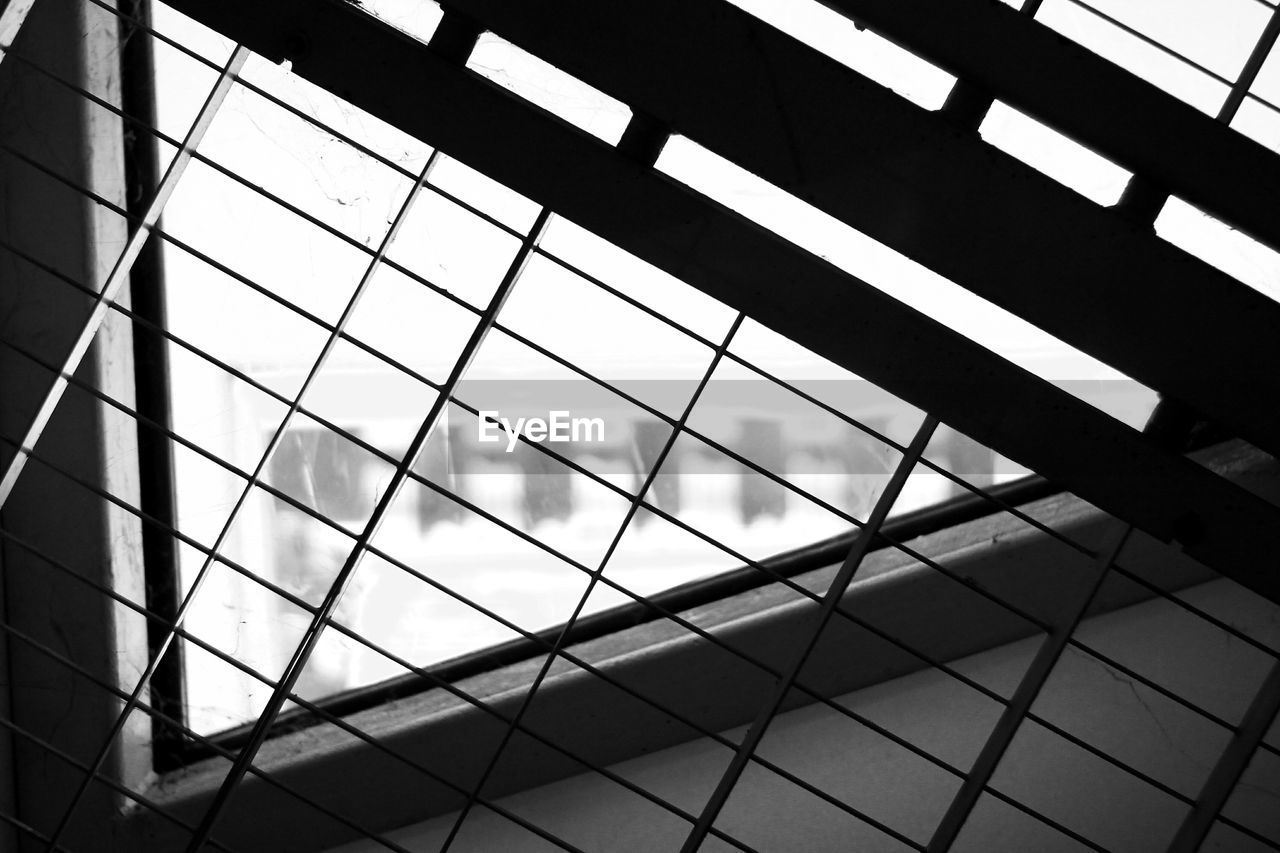 pattern, built structure, architecture, low angle view, no people, indoors, day, sky, glass - material, full frame, reflection, silhouette, building, design, metal, window, modern, nature, skylight, ceiling, office building exterior, glass, tiled floor