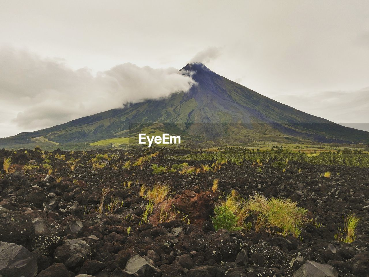 mountain, sky, beauty in nature, volcano, cloud - sky, scenics - nature, environment, landscape, tranquil scene, non-urban scene, nature, tranquility, land, volcanic landscape, no people, day, geology, idyllic, plant, physical geography, outdoors, mountain peak, volcanic crater