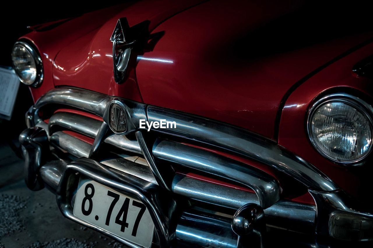 headlight, red, transportation, car, old-fashioned, mode of transport, land vehicle, retro styled, outdoors, no people, close-up, day