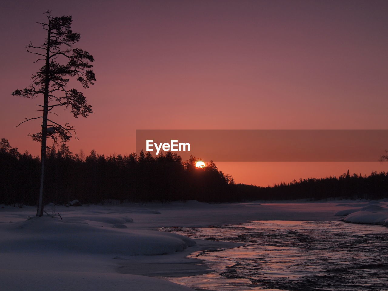 Beautiful view of sunset during winter