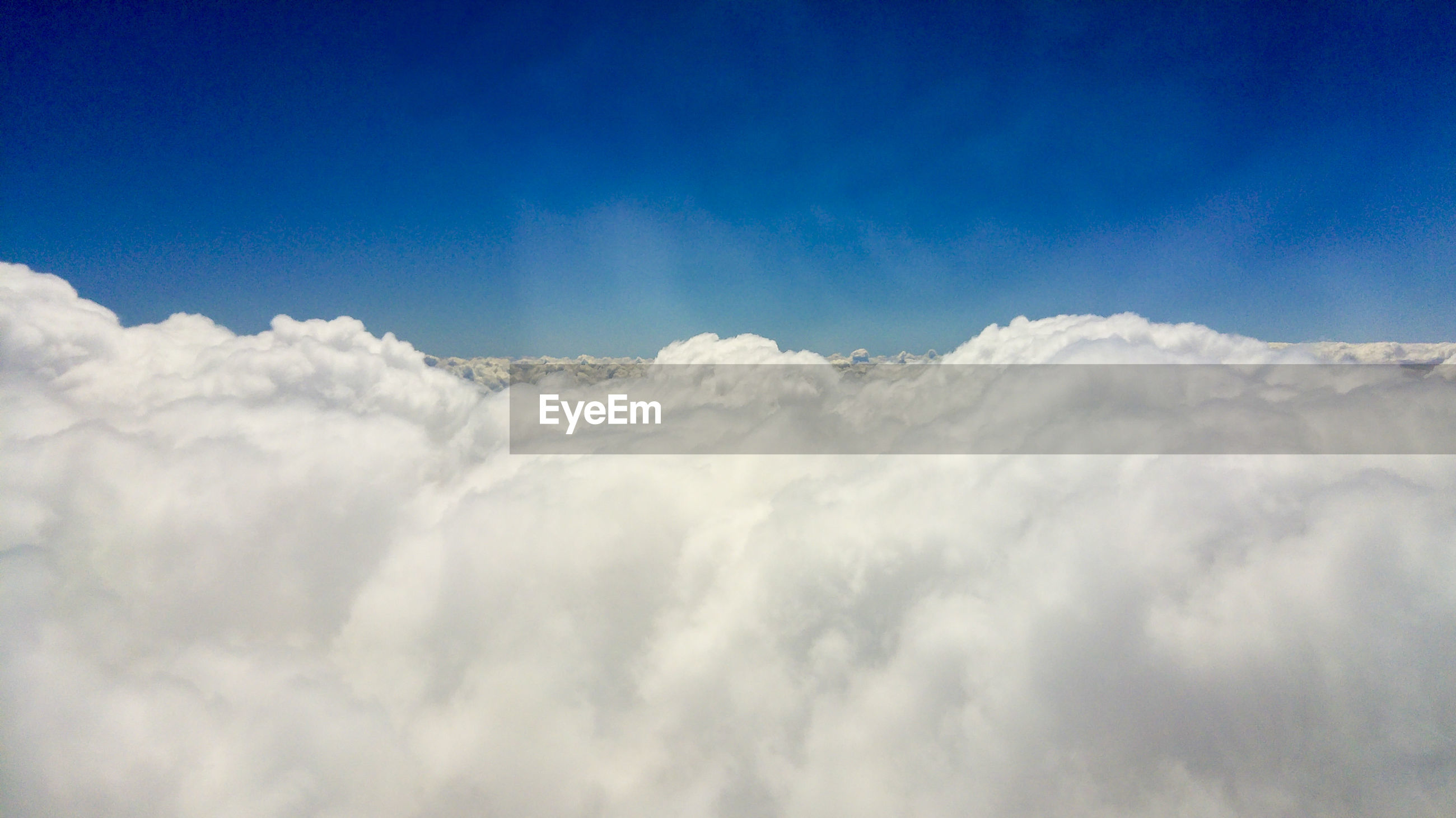 LOW ANGLE VIEW OF CLOUDSCAPE