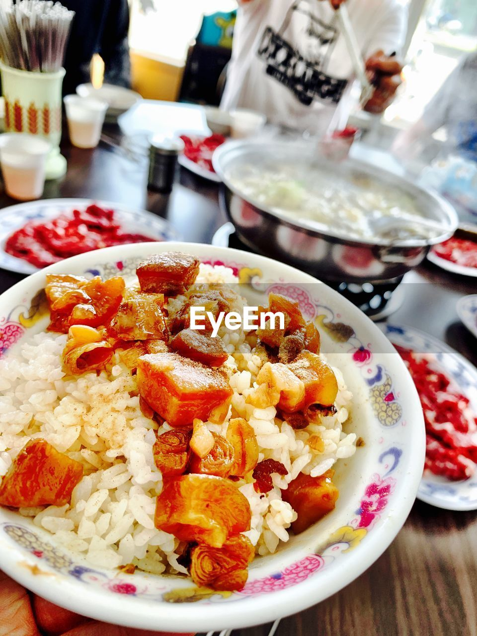 food and drink, food, ready-to-eat, freshness, healthy eating, wellbeing, table, indoors, meal, plate, bowl, focus on foreground, serving size, close-up, no people, rice - food staple, still life, rice, vegetable, kitchen utensil, crockery, garnish, dinner, breakfast