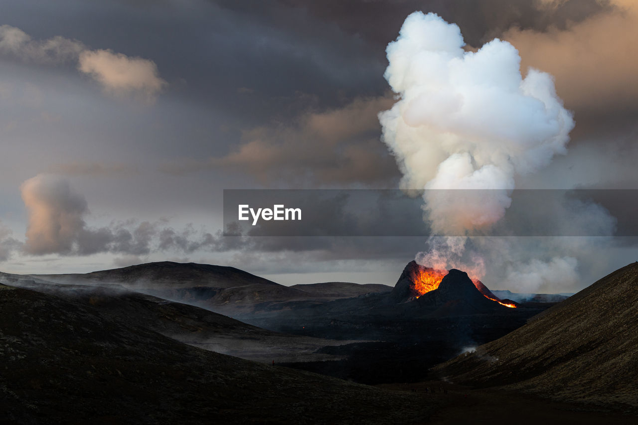 Beautiful volcanic eruption in fagradalsfjall in southern iceland.