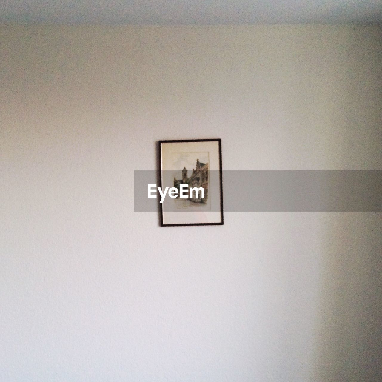 picture frame, no people, indoors, home interior, architecture, day, close-up