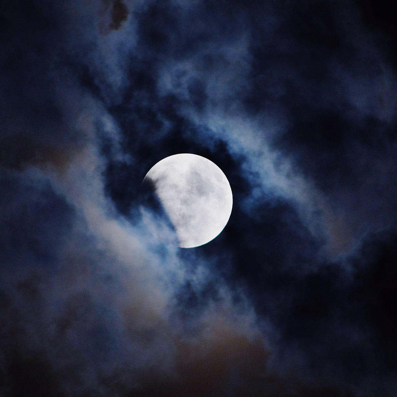sky, cloud - sky, moon, space, astronomy, low angle view, beauty in nature, night, scenics - nature, no people, planetary moon, nature, space exploration, tranquility, discovery, tranquil scene, outdoors, half moon, exploration, crescent, space and astronomy, ominous