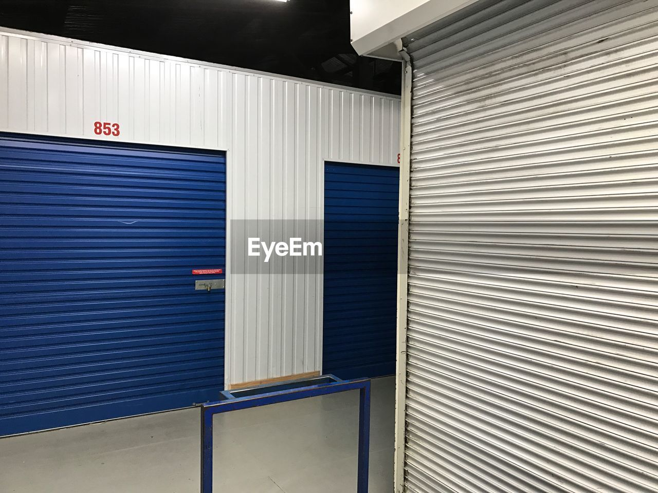 shutter, metal, corrugated iron, no people, built structure, architecture, day, outdoors