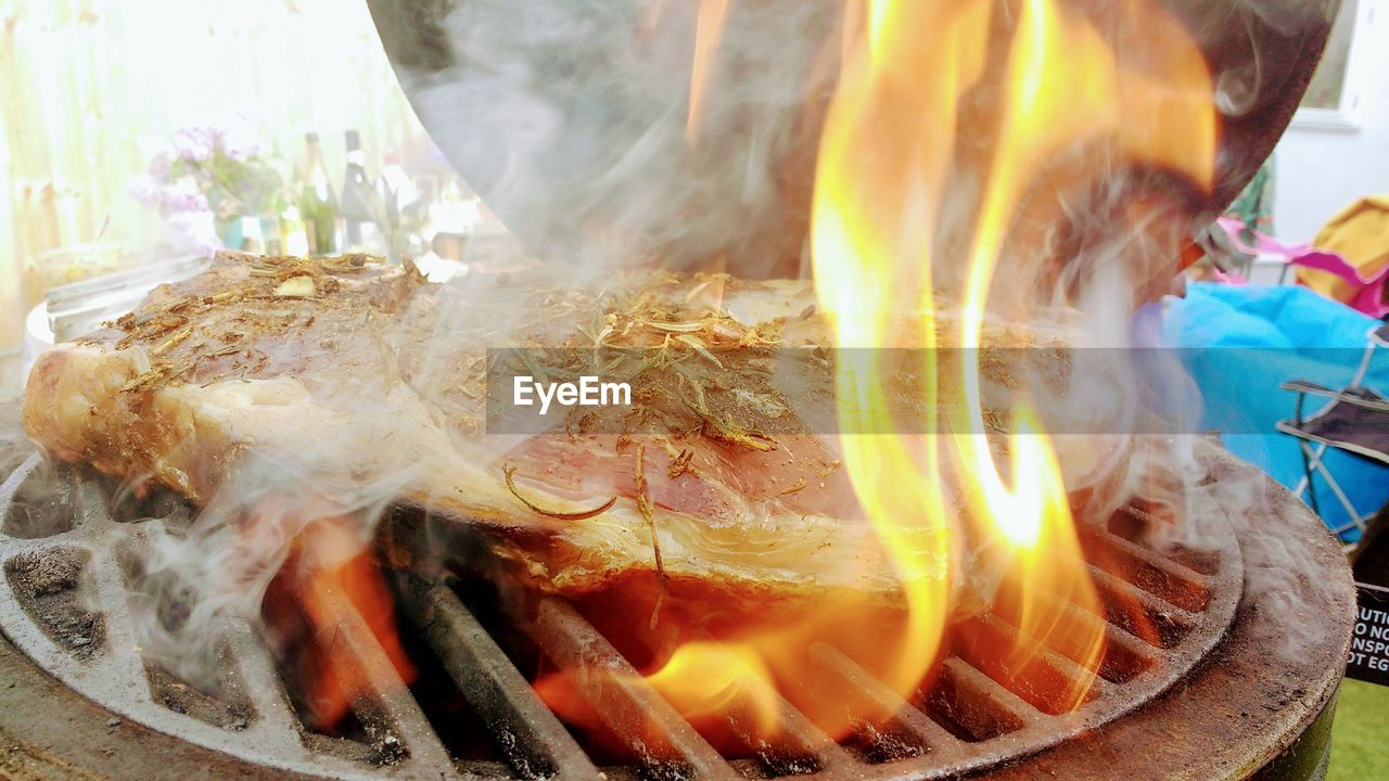 smoke - physical structure, heat - temperature, burning, food and drink, flame, food, close-up, indoors, no people, freshness, day