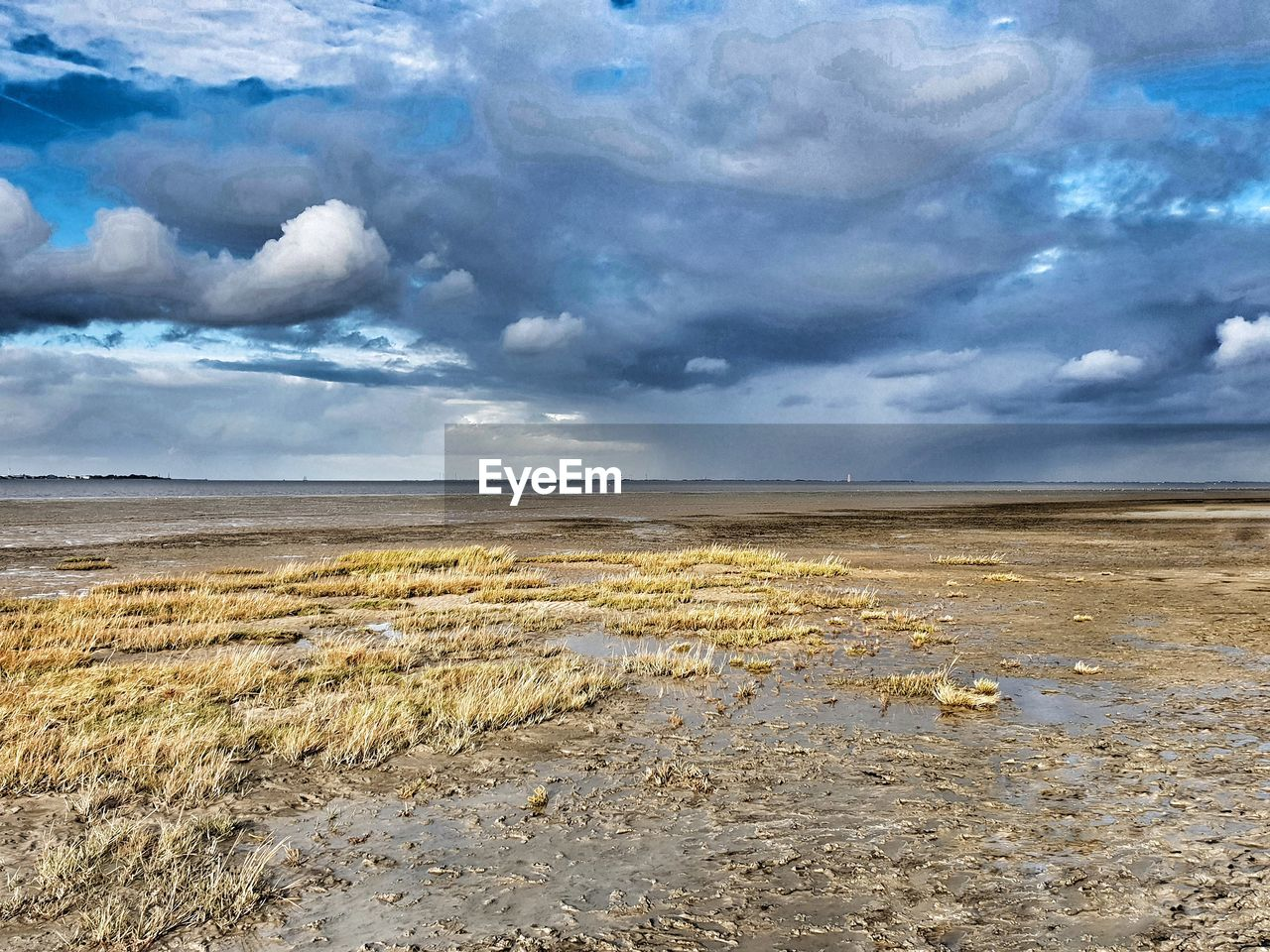 cloud - sky, sky, tranquil scene, tranquility, beauty in nature, environment, landscape, scenics - nature, land, nature, no people, day, horizon, non-urban scene, horizon over land, outdoors, remote, water, beach, arid climate
