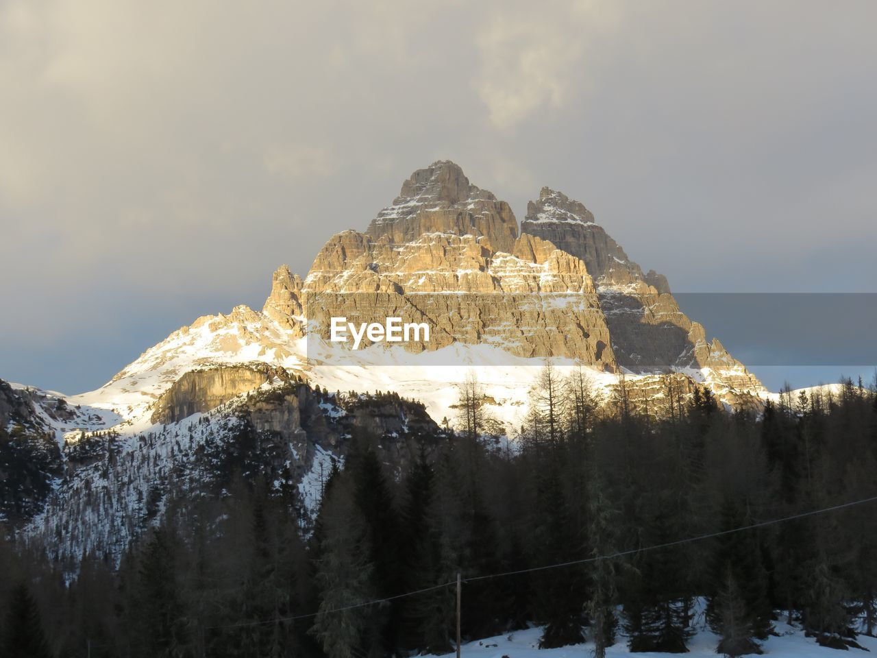 cold temperature, winter, snow, mountain, scenics - nature, beauty in nature, sky, mountain range, tranquil scene, nature, tranquility, non-urban scene, tree, environment, snowcapped mountain, cloud - sky, no people, plant, mountain peak, outdoors, formation