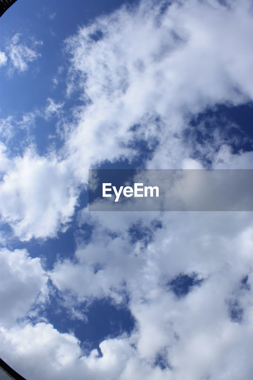 cloud - sky, sky, low angle view, nature, beauty in nature, backgrounds, full frame, scenics, sky only, tranquility, no people, day, blue, outdoors