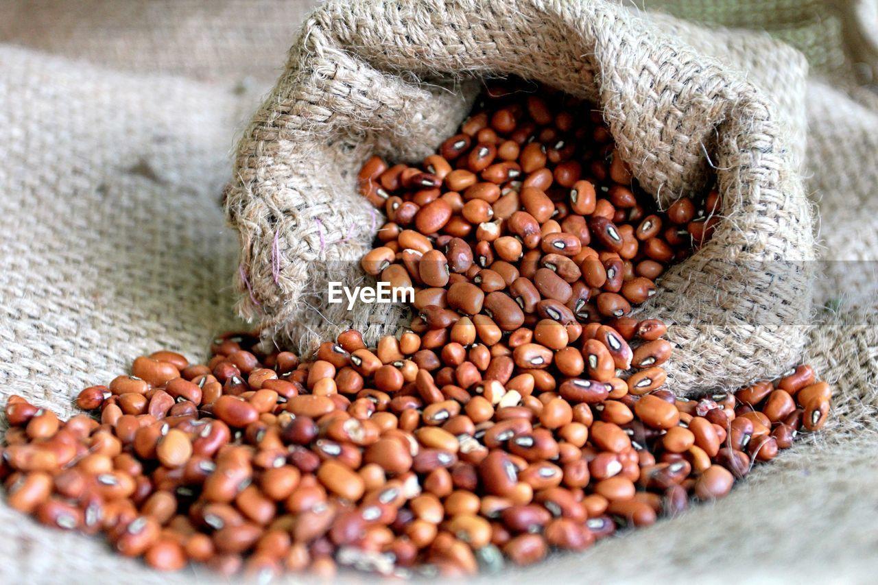 Kidney beans in sack