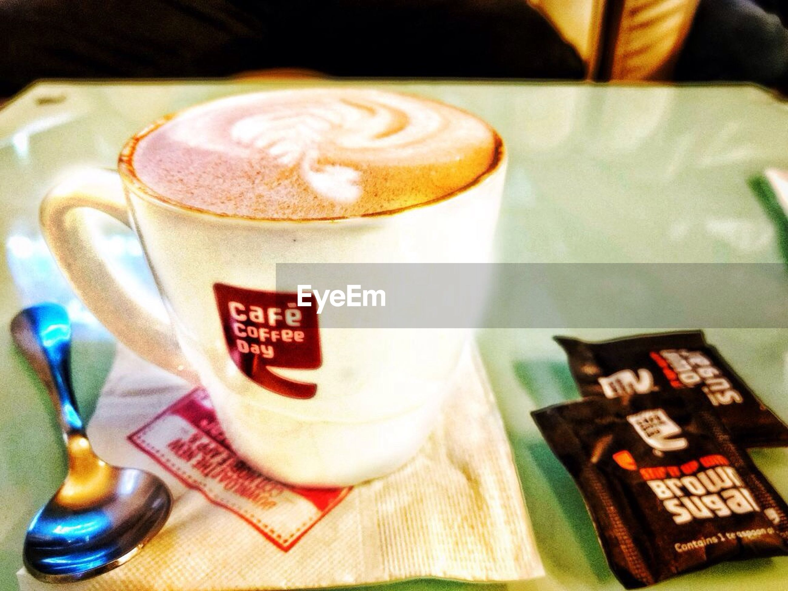 coffee - drink, drink, coffee cup, food and drink, refreshment, frothy drink, no people, close-up, cappuccino, indoors, table, froth art, freshness, latte, day