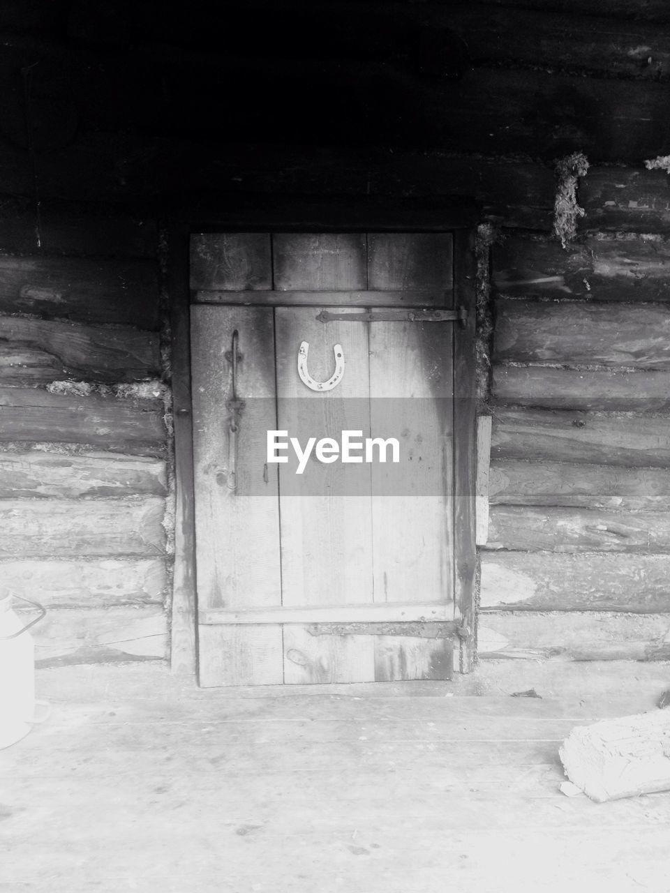 door, built structure, architecture, entrance, no people, building exterior, day, doorway, indoors, open door