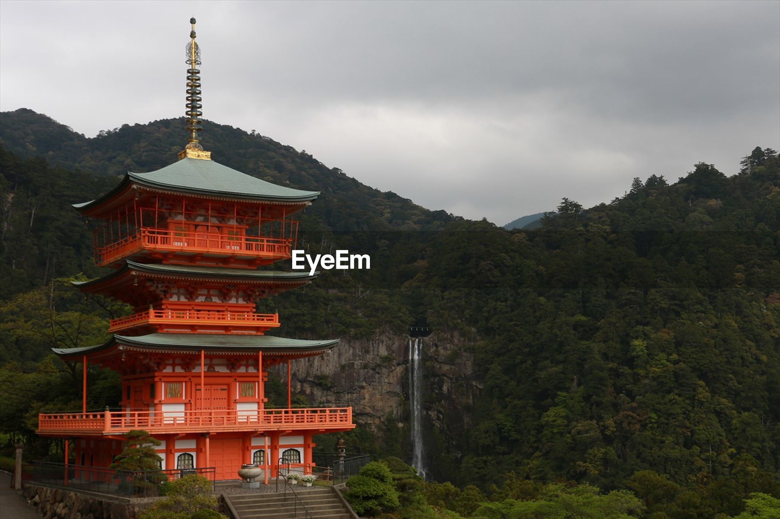 Seiganto-ji temple by nachi falls against sky
