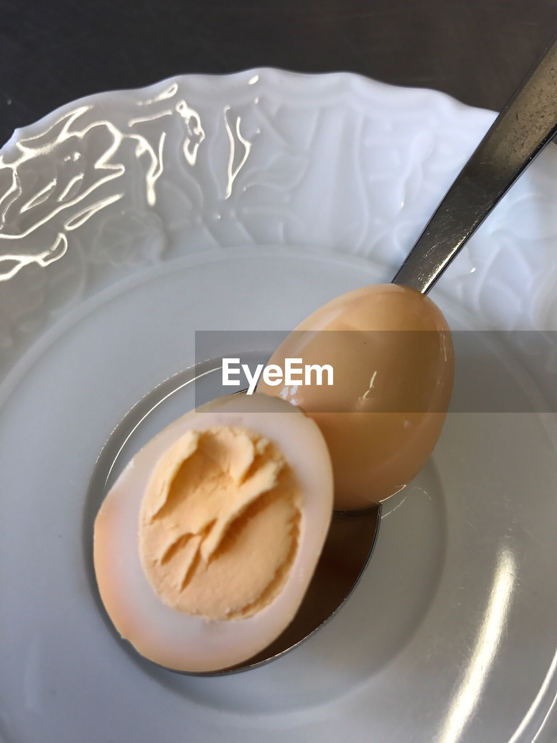 food and drink, food, sweet food, freshness, plate, dessert, indulgence, indoors, high angle view, serving size, table, bowl, no people, temptation, ready-to-eat, close-up, unhealthy eating, peanut butter, day