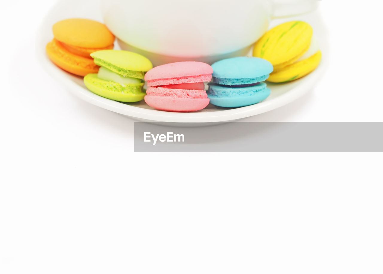 CLOSE-UP OF CANDIES IN PLATE