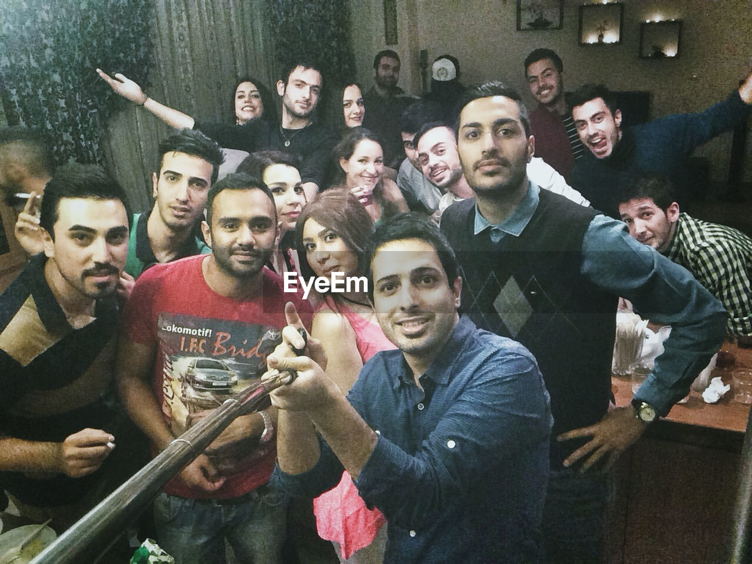 happiness, portrait, lifestyles, person, togetherness, looking at camera, smiling, leisure activity, front view, young men, bonding, casual clothing, fun, friendship, young adult, love, enjoyment
