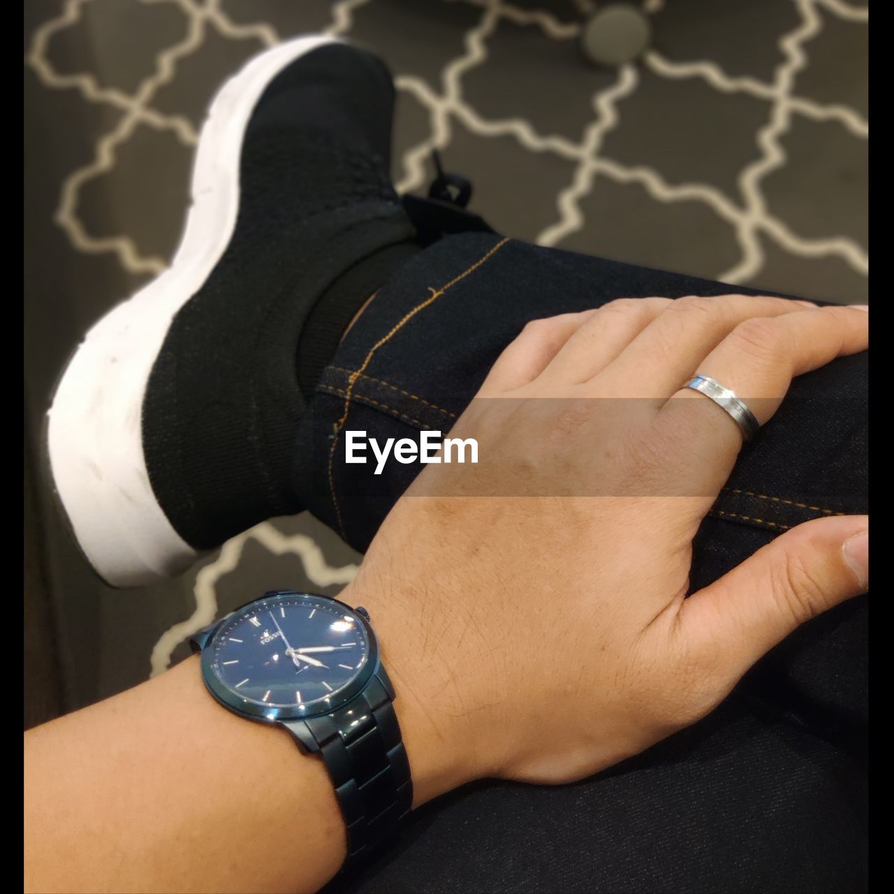 human body part, real people, human hand, hand, body part, adult, one person, women, men, jewelry, wristwatch, time, watch, human leg, indoors, low section, lifestyles, ring, high angle view, finger, human limb