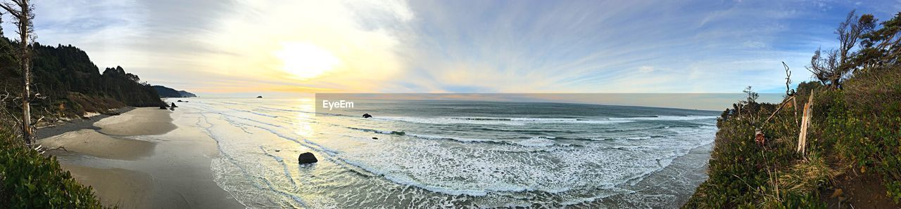 sea, nature, scenics, sky, beauty in nature, water, tranquil scene, tranquility, beach, cloud - sky, outdoors, sunset, horizon over water, no people, cold temperature, panoramic, day, winter, wave