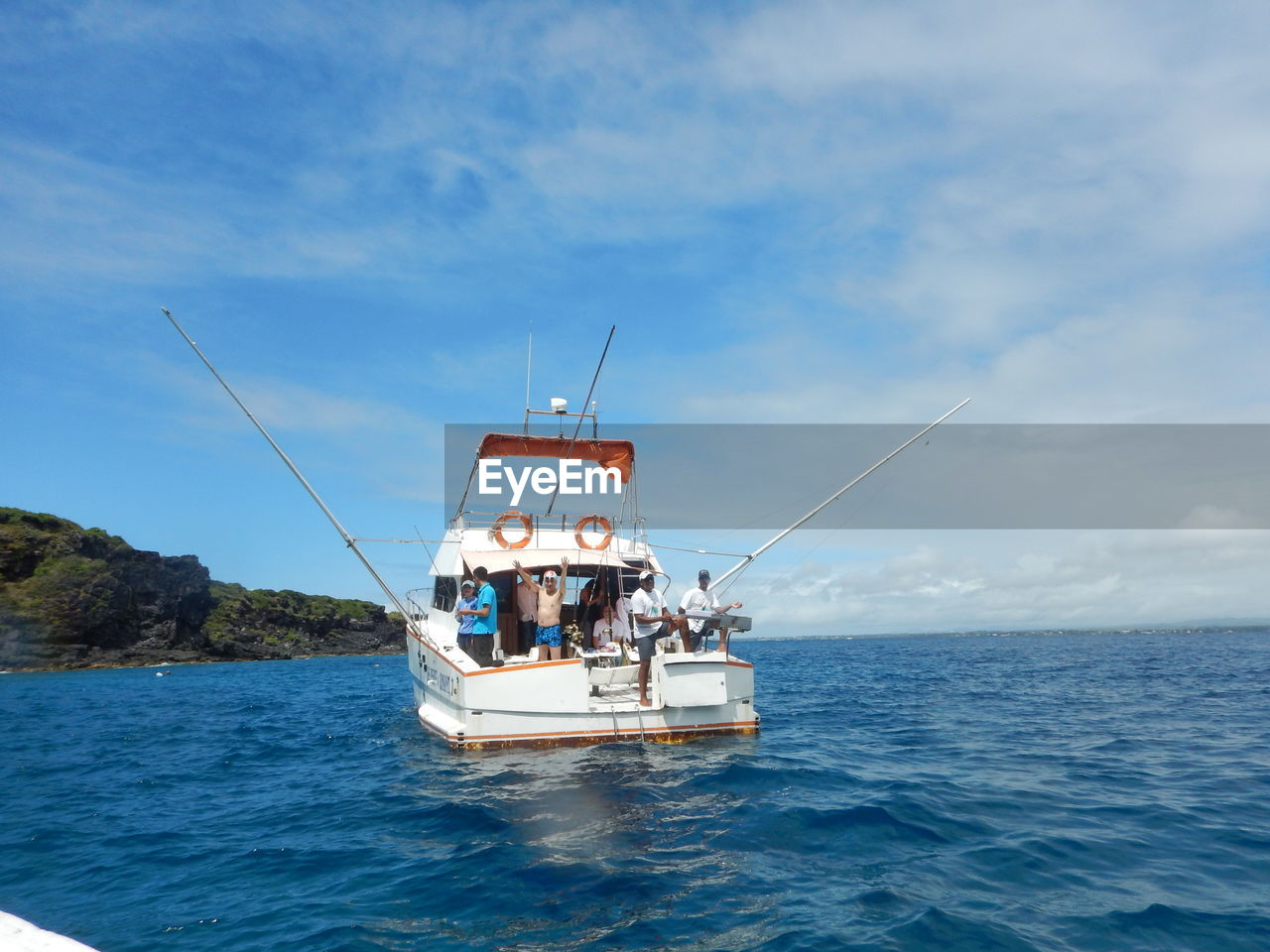 sea, sky, nature, real people, horizon over water, water, cloud - sky, leisure activity, men, day, scenics, outdoors, beauty in nature, transportation, vacations, togetherness, nautical vessel, people