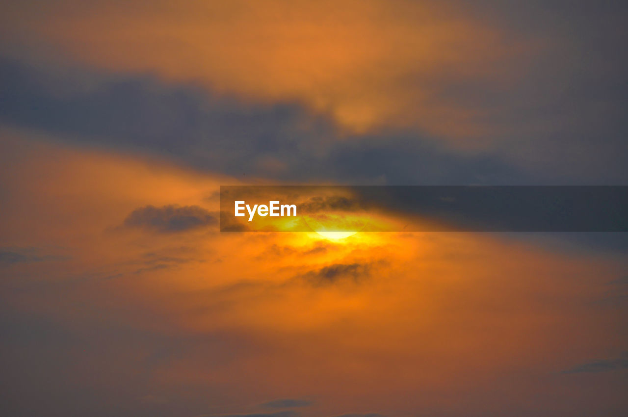 sunset, sky, orange color, cloud - sky, nature, beauty in nature, scenics, dramatic sky, tranquil scene, majestic, no people, tranquility, sky only, low angle view, outdoors, backgrounds, day