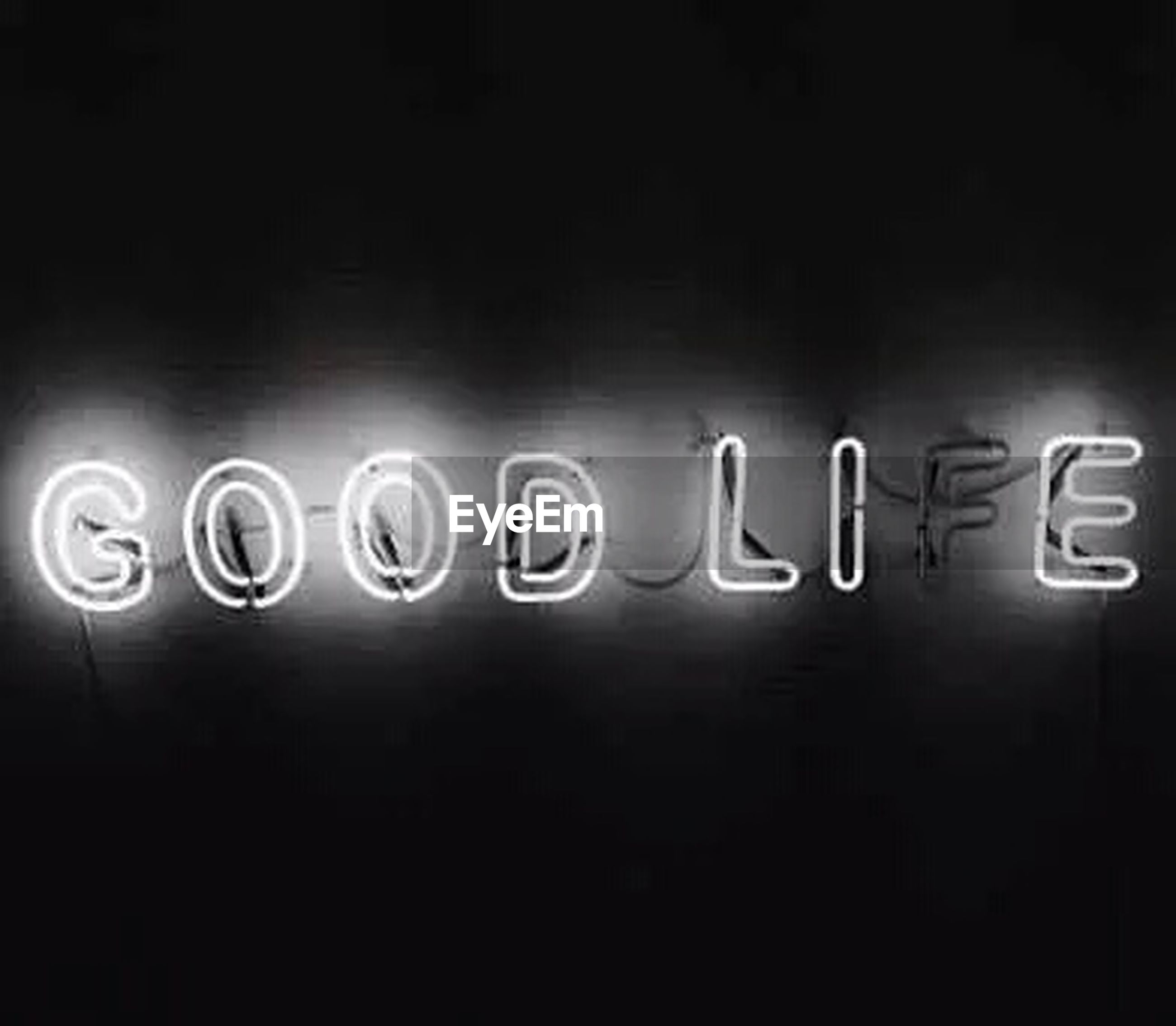 text, western script, communication, illuminated, night, capital letter, indoors, information, sign, copy space, wall - building feature, information sign, no people, dark, non-western script, guidance, light - natural phenomenon, close-up, neon, lighting equipment