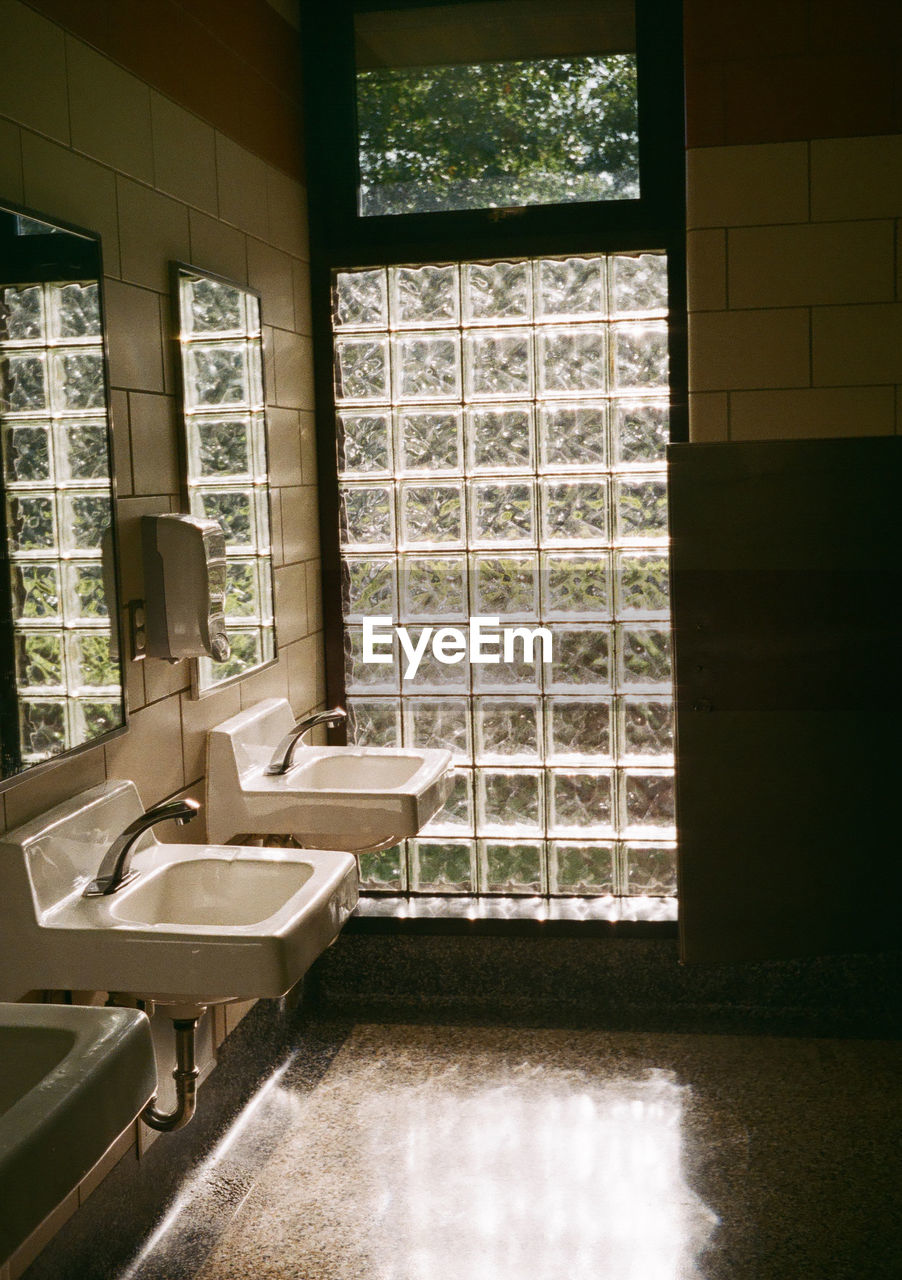 window, indoors, day, sunlight, home interior, no people, domestic room, bathroom, architecture, bathroom sink