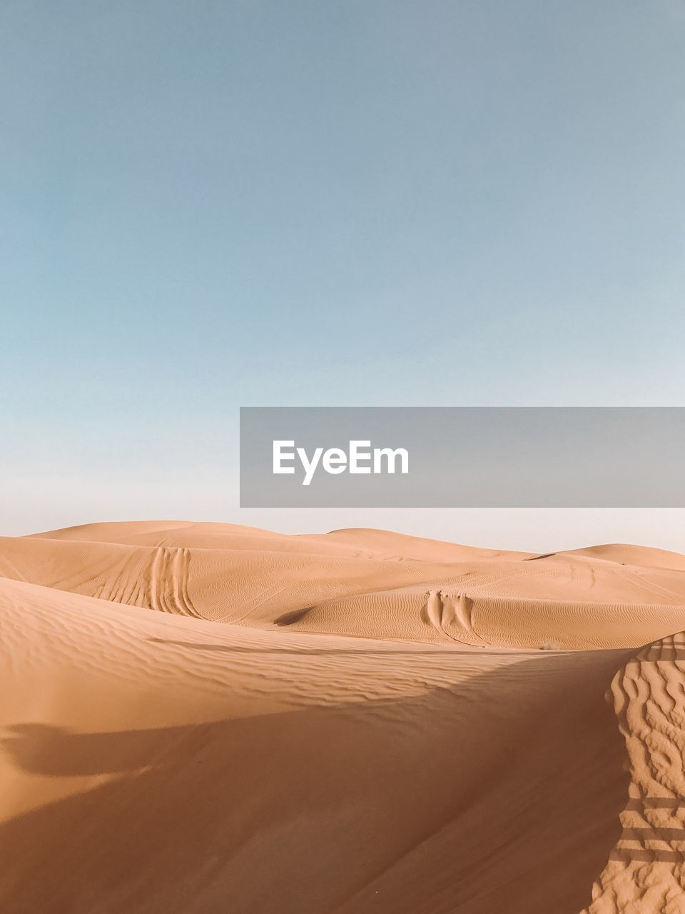 desert, sand dune, arid climate, climate, sand, scenics - nature, landscape, sky, land, tranquil scene, tranquility, environment, non-urban scene, beauty in nature, nature, clear sky, copy space, remote, day, no people, atmospheric