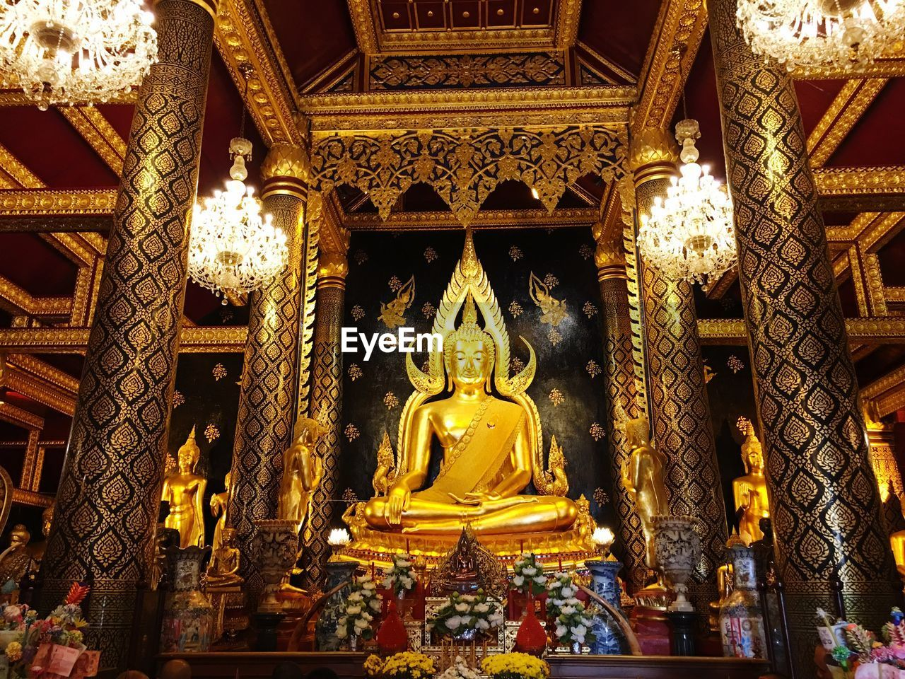 statue, religion, gold colored, sculpture, spirituality, human representation, place of worship, male likeness, golden color, gold, low angle view, architecture, idol, built structure, indoors, day, no people
