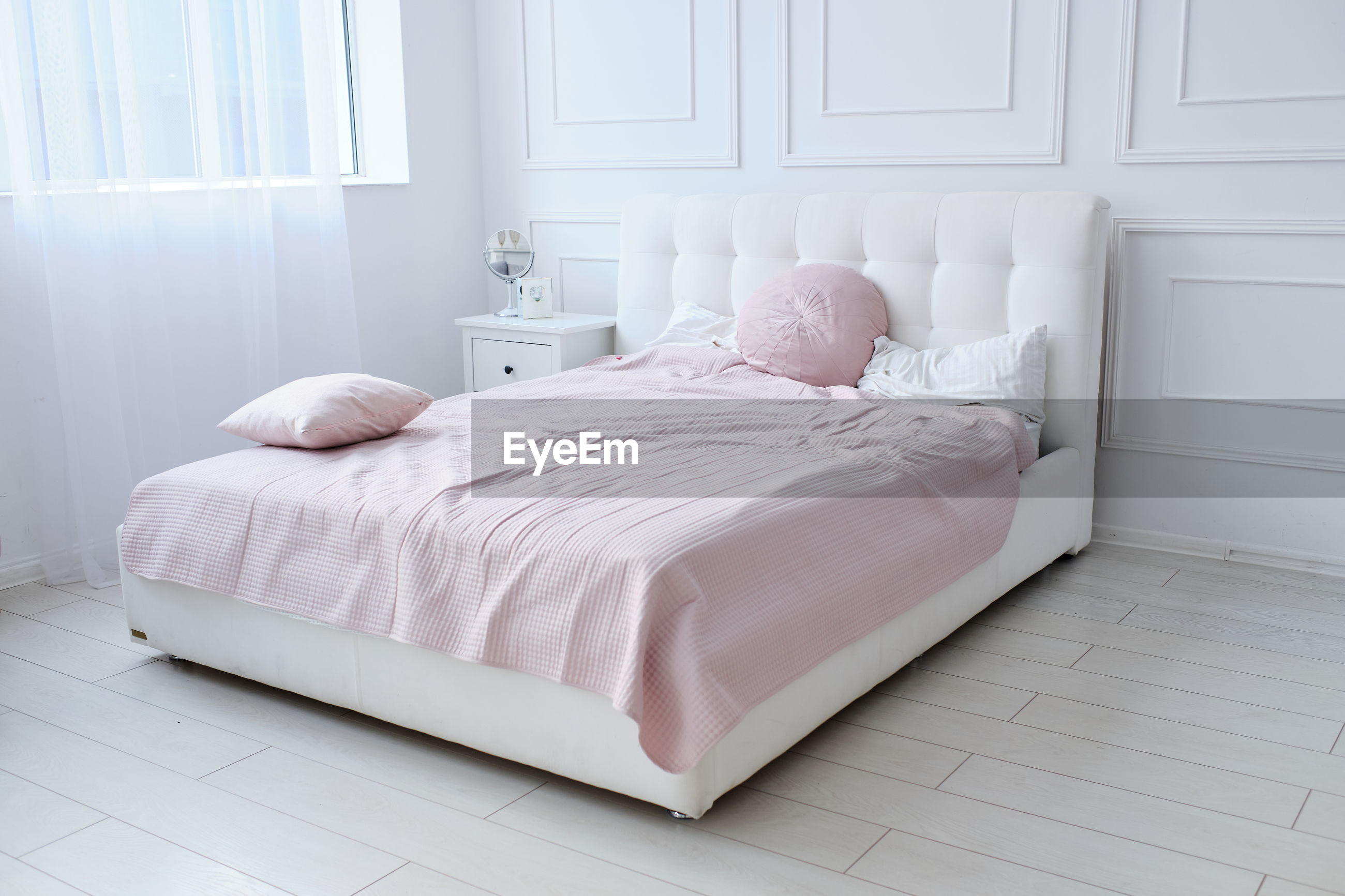 BED IN BEDROOM