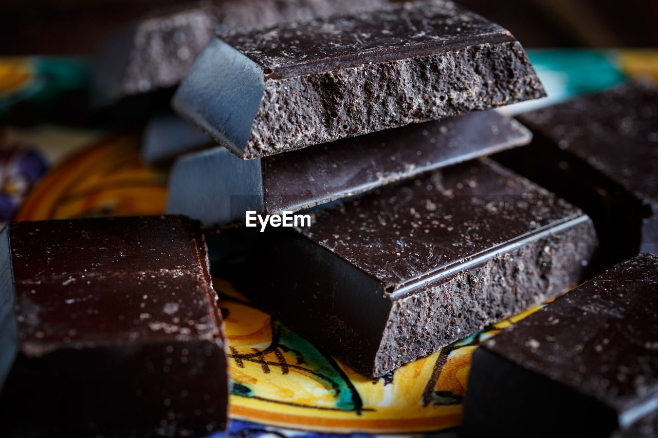 close-up, no people, still life, indoors, food and drink, focus on foreground, food, sweet food, freshness, table, sweet, brown, dessert, stack, chocolate, indulgence, temptation, metal, large group of objects, container
