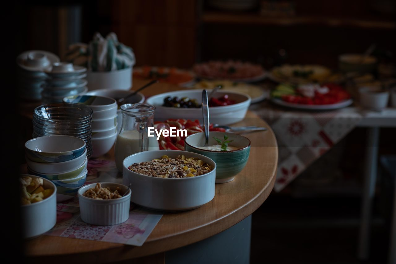 food and drink, food, table, bowl, indoors, freshness, no people, ready-to-eat, plate, still life, focus on foreground, healthy eating, serving size, meal, selective focus, choice, variation, close-up, wellbeing, drink, breakfast, crockery