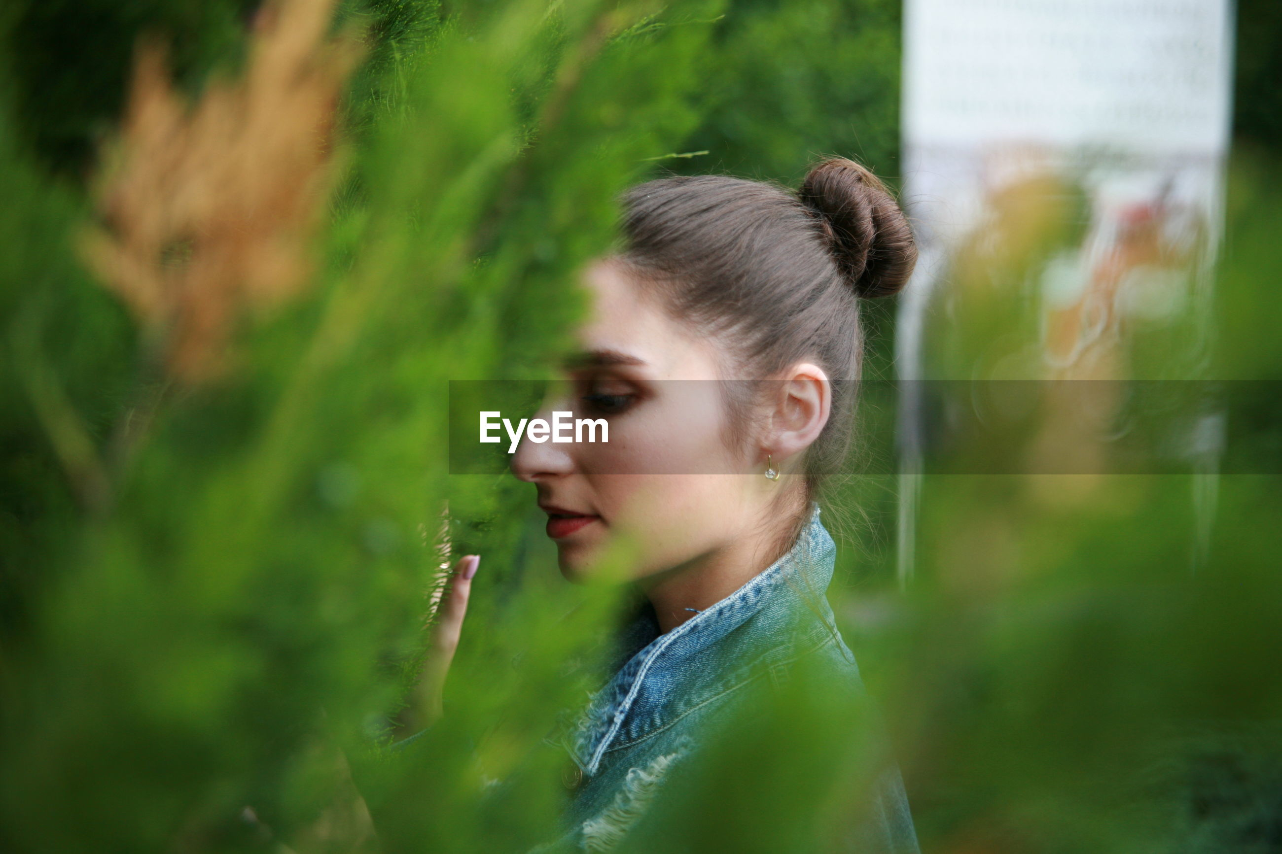 one person, real people, focus on foreground, young adult, day, plant, outdoors, young women, lifestyles, close-up, nature, freshness