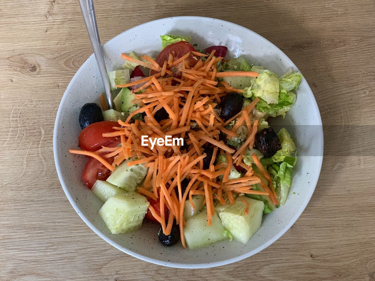 vegetable, food and drink, freshness, healthy eating, table, ready-to-eat, directly above, food, still life, wellbeing, high angle view, indoors, bowl, serving size, salad, no people, wood - material, plate, close-up, carrot, chopped