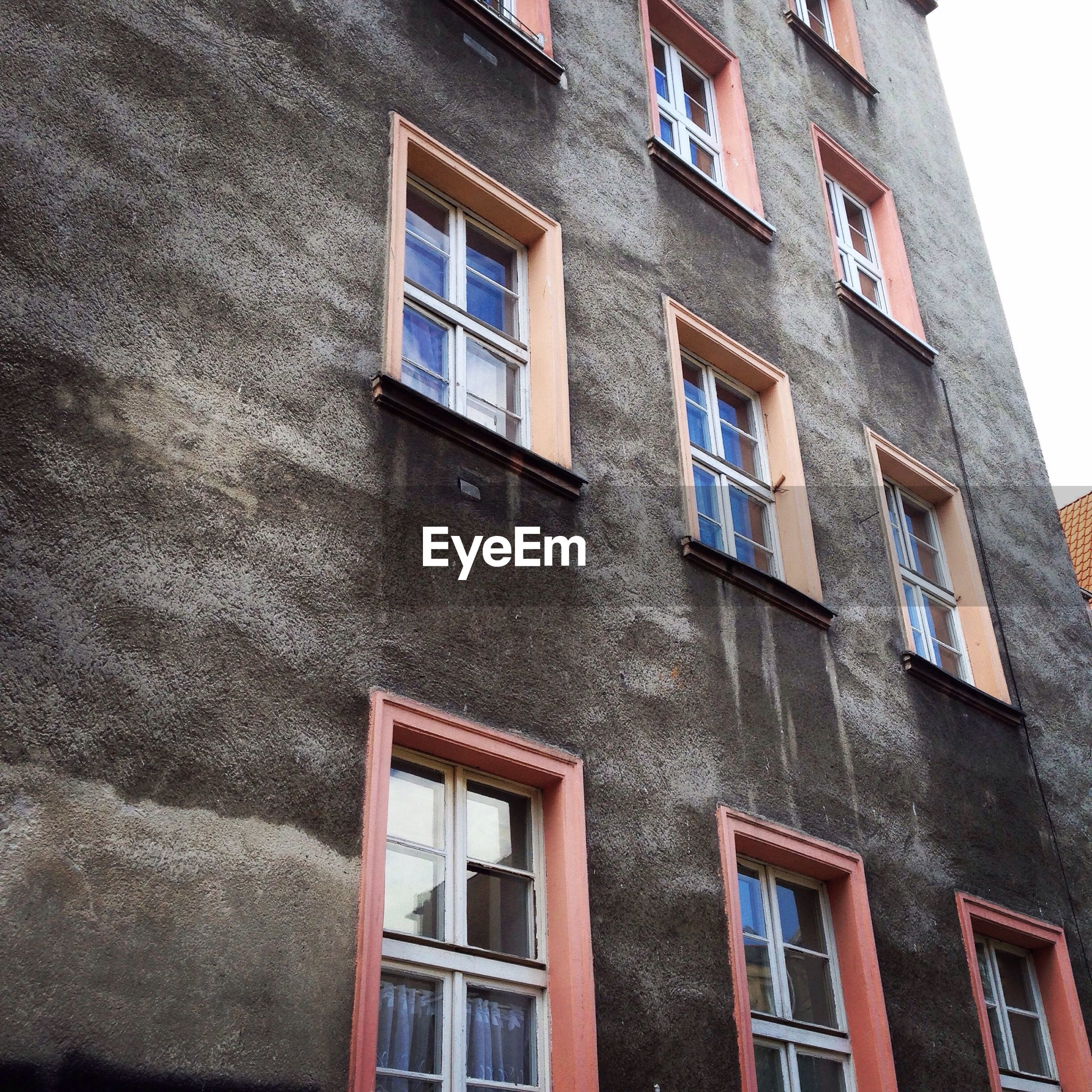 building exterior, window, architecture, built structure, low angle view, outdoors, no people, day