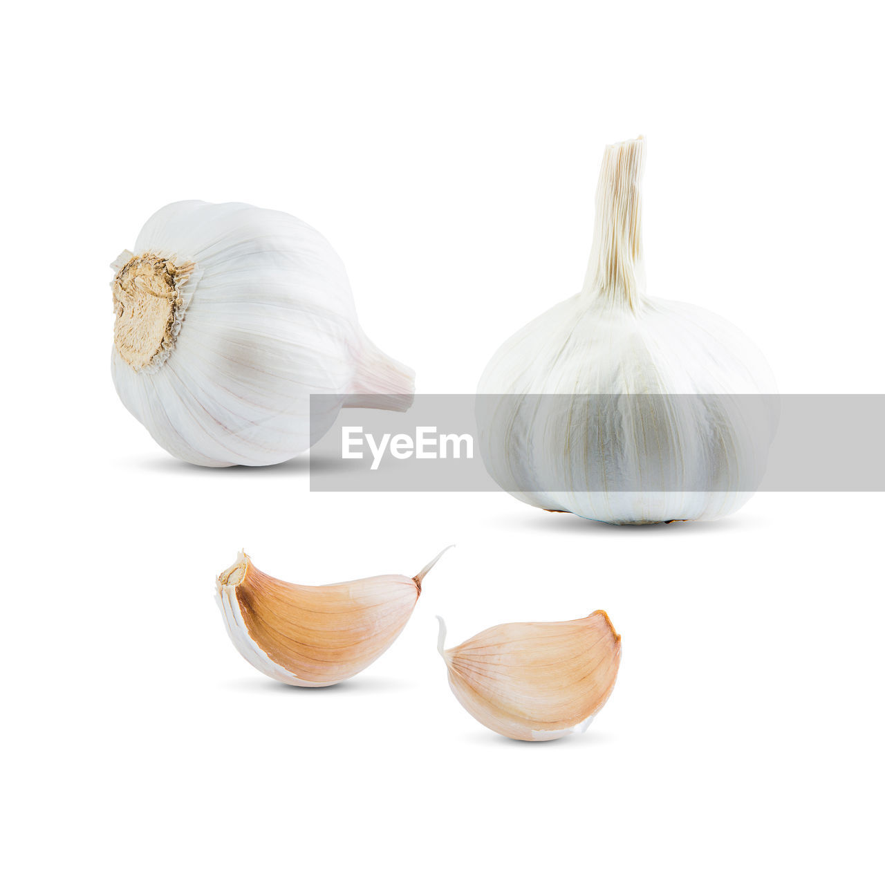 spice, garlic, food and drink, ingredient, studio shot, white background, food, still life, freshness, vegetable, garlic bulb, indoors, close-up, healthy eating, wellbeing, no people, white color, raw food, cut out, group of objects, garlic clove