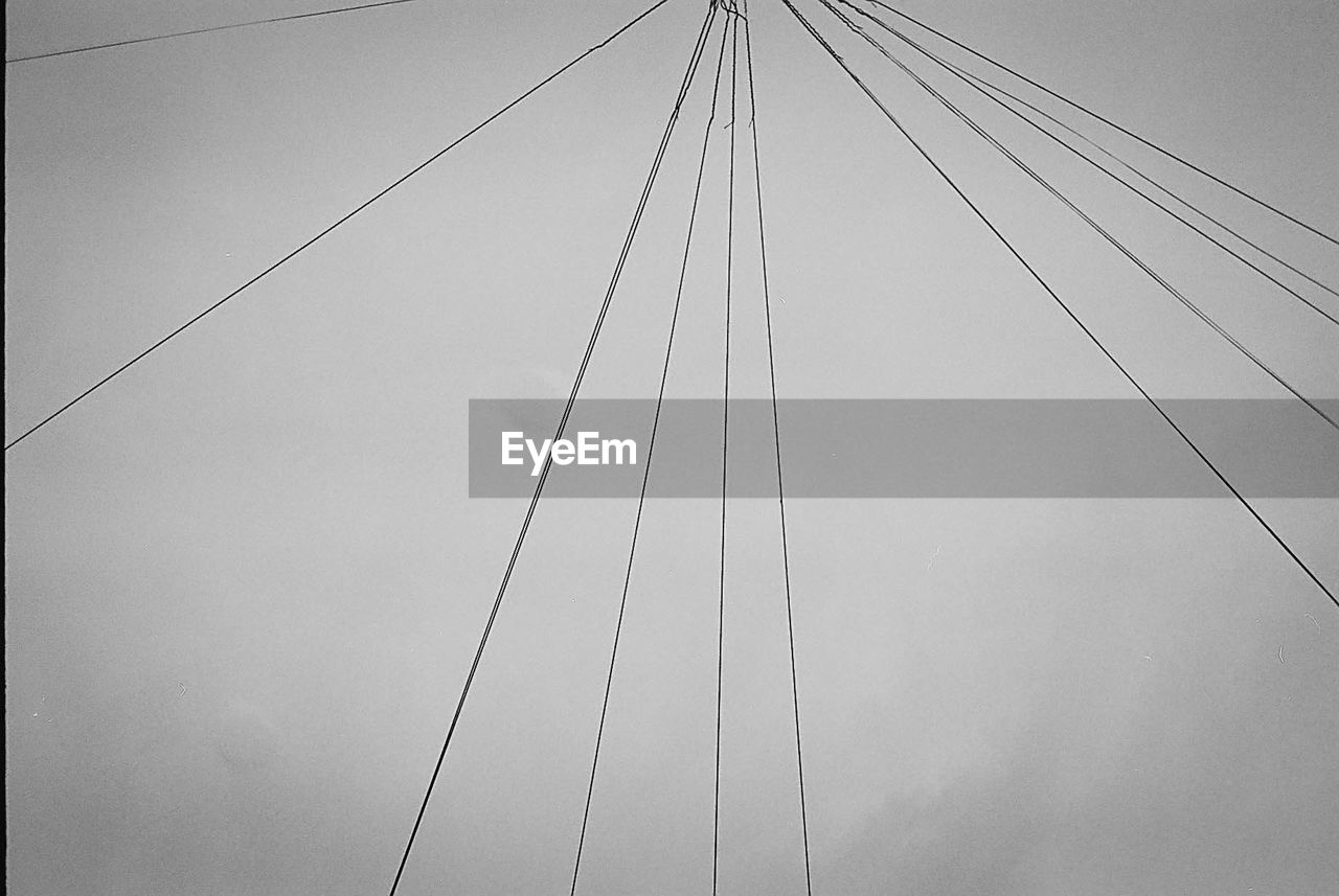 cable, connection, power line, no people, outdoors, low angle view, transportation, sky, day, parallel