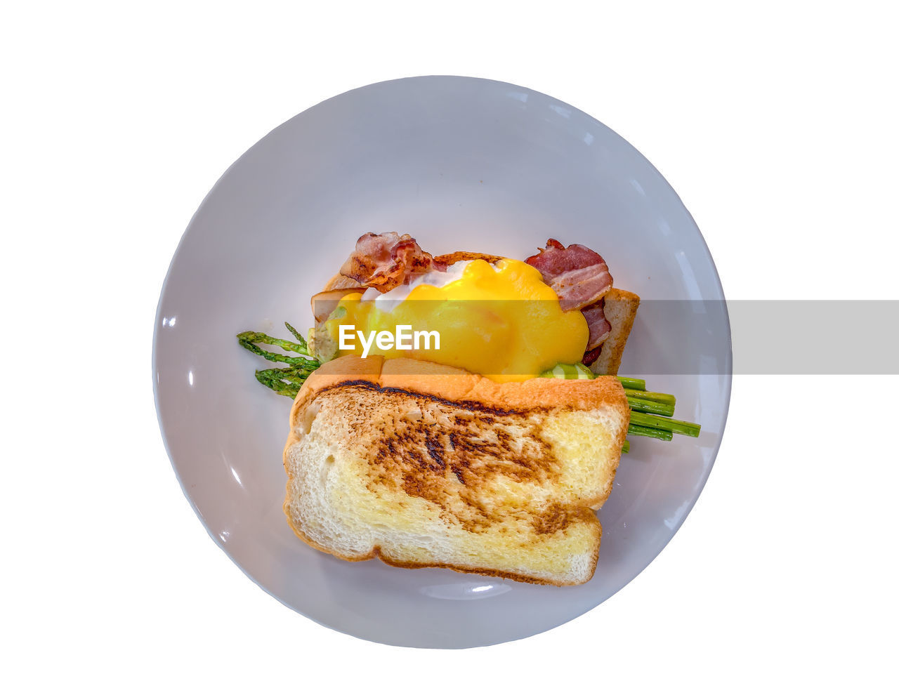 food, food and drink, white background, ready-to-eat, indoors, still life, studio shot, freshness, healthy eating, egg, wellbeing, plate, no people, cut out, high angle view, vegetable, breakfast, close-up, bread, egg yolk, fried egg, snack