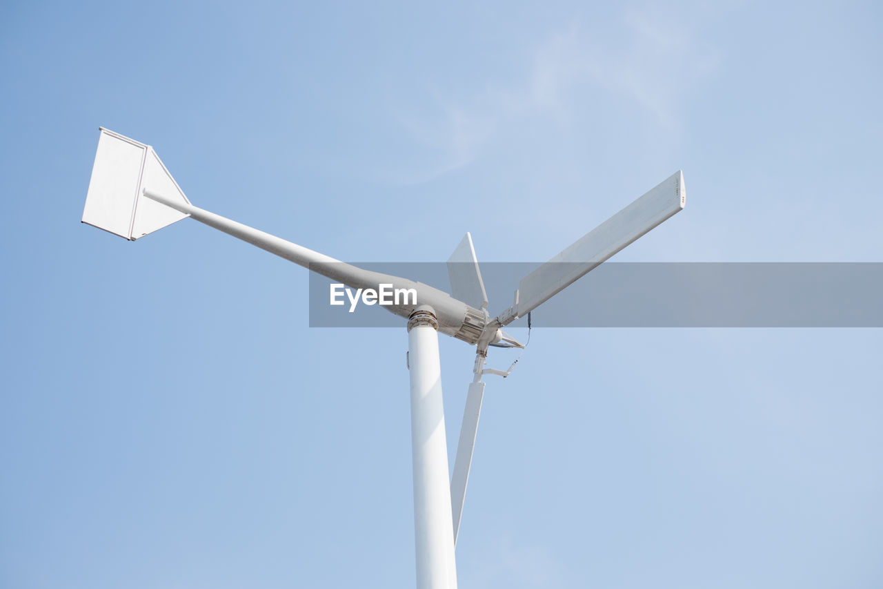 sky, low angle view, wind turbine, turbine, renewable energy, no people, fuel and power generation, alternative energy, wind power, nature, copy space, day, environmental conservation, blue, white color, clear sky, technology, outdoors, environment, sunlight
